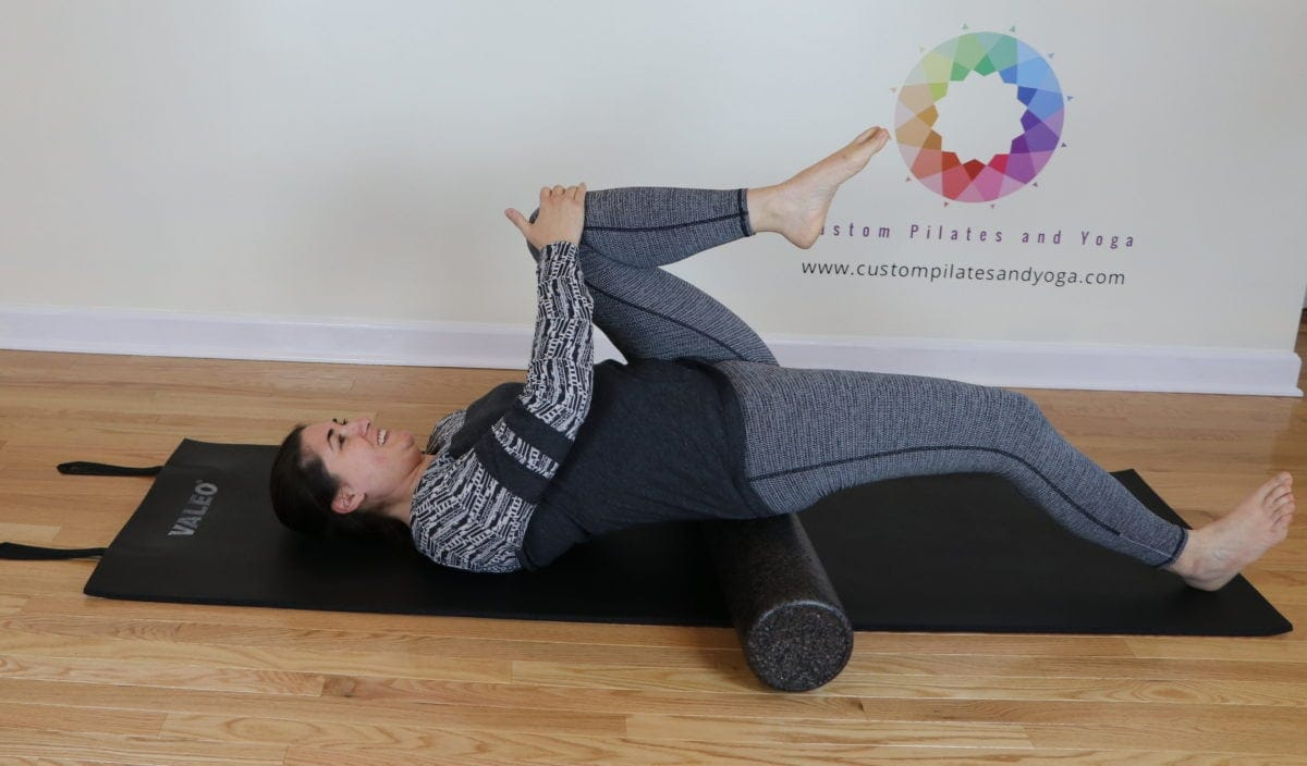 hip flexor stretch on the foam roller